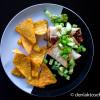 Fyldte tortilla wraps med grønt og tortilla chips